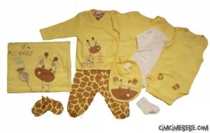 Zürafa Nakışlı 10'lu Bebe Zıbın Seti