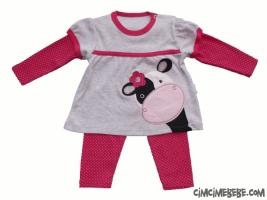 İnek Aplikeli Kız Pijama Takımı