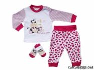 Çorap Hediyeli İnekli Bebe Pijama Takımı