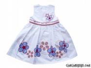 Etekleri Çiçekli Elbise