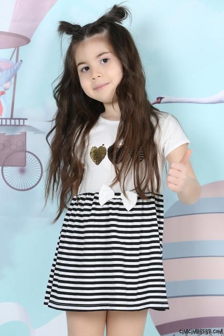 Kalp Nakışlı Kız Çocuk Elbise
