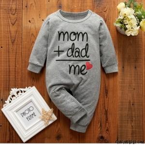 Mom+Dad Me Yazılı Bebek Tulum