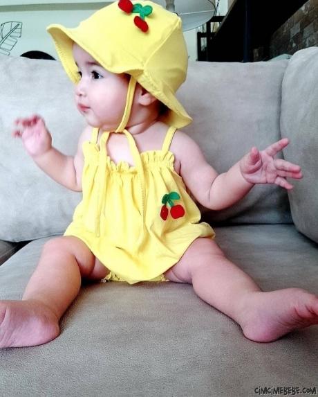 Kiraz Nakışlı Şapkalı Kız Bebek Kısa Tulum