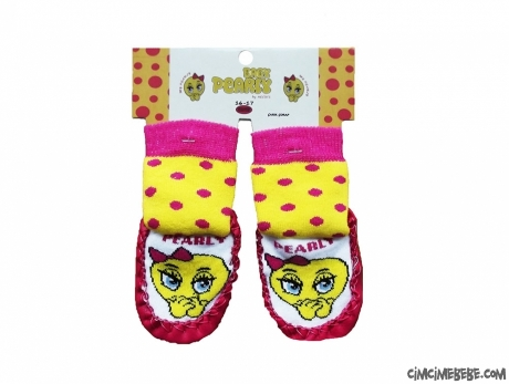 Utangaç Kız Figürlü Çarık Çorap