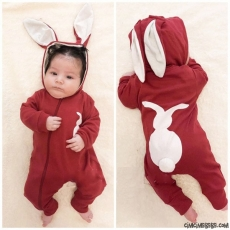 Tavşancık Kulaklı Poposu Ponponlu Tulum