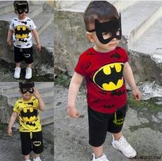 Süper Kahraman Maske Hediyeli Şortlu Takım