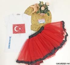 Atatürk Ve Türk Bayrağı Pullu Tütülü Takım