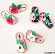 Kız Bebek Çiçekli Sandalet